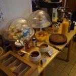 petit-déjeuner buffet maison à 7 euros servit à l'hôtel de Verdun à Nevers
